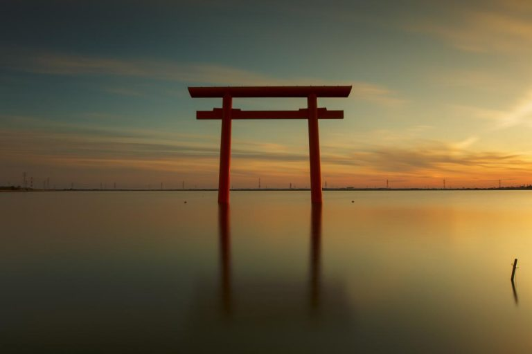 ដំណើរទស្សនាប្រាសាទទីសក្ការៈបូជា Shinto ទាំង ៣ នៅ Ibaraki